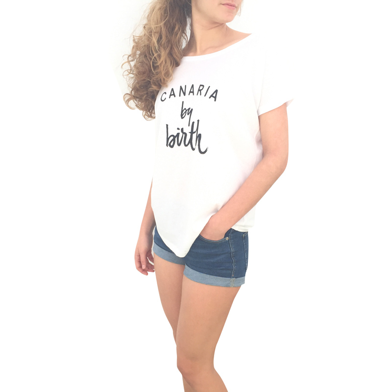 Canaria by birth mujer negro Lateral camiseta