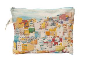 Casas de colores de San Juan Gran Canaria Pouch
