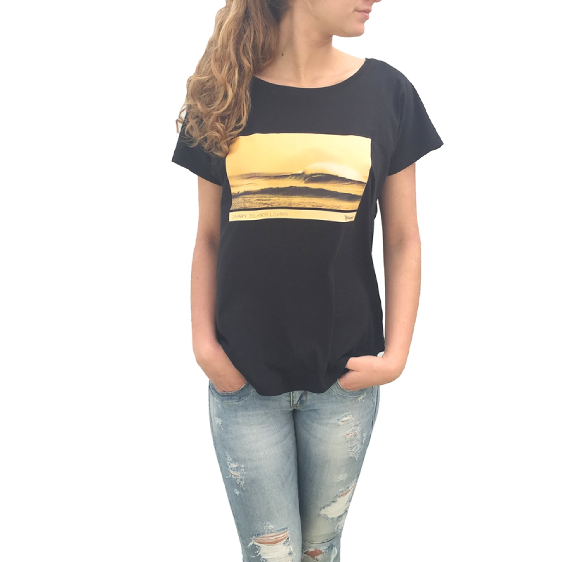Cotillo_wave-tshirt-model-woman