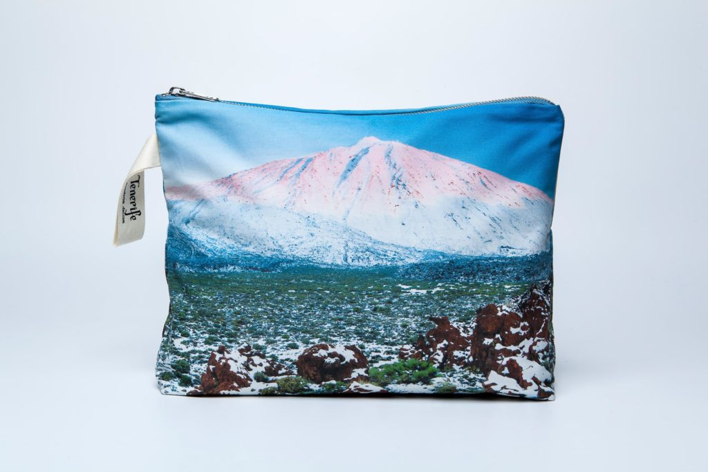 Teide nevado frontal pouch