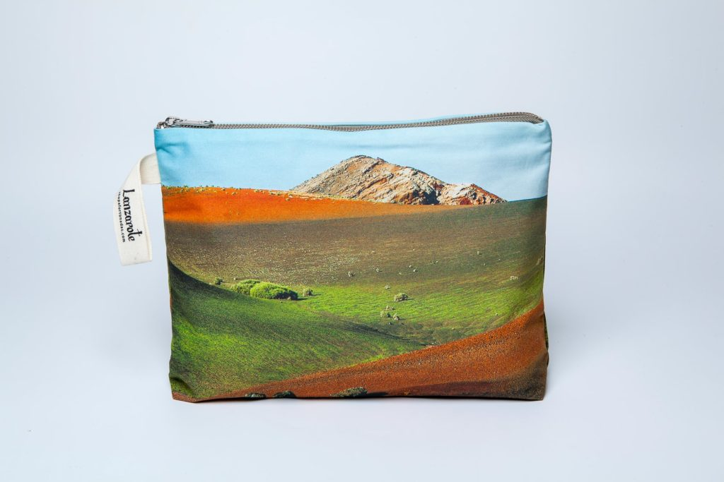 Timanfaya frontal pouch