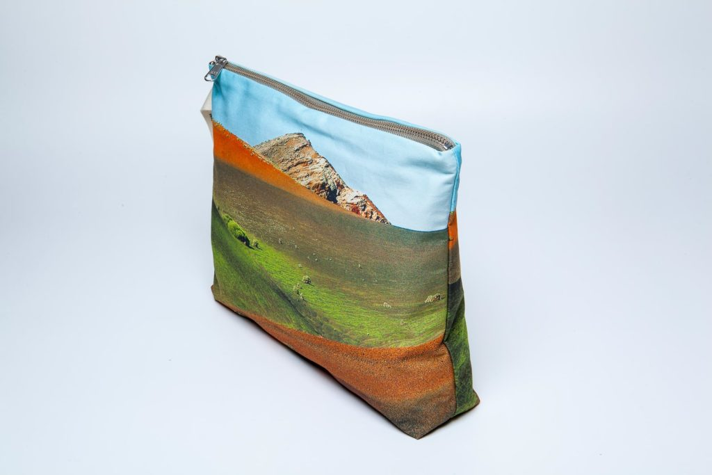 Timanfaya lateral pouch