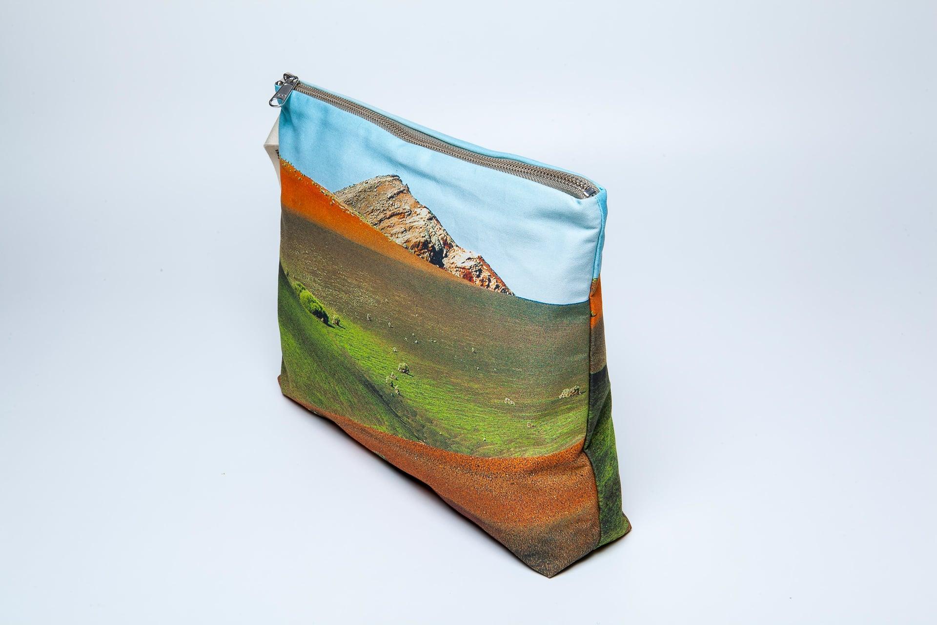 Timanfaya-side-pouch