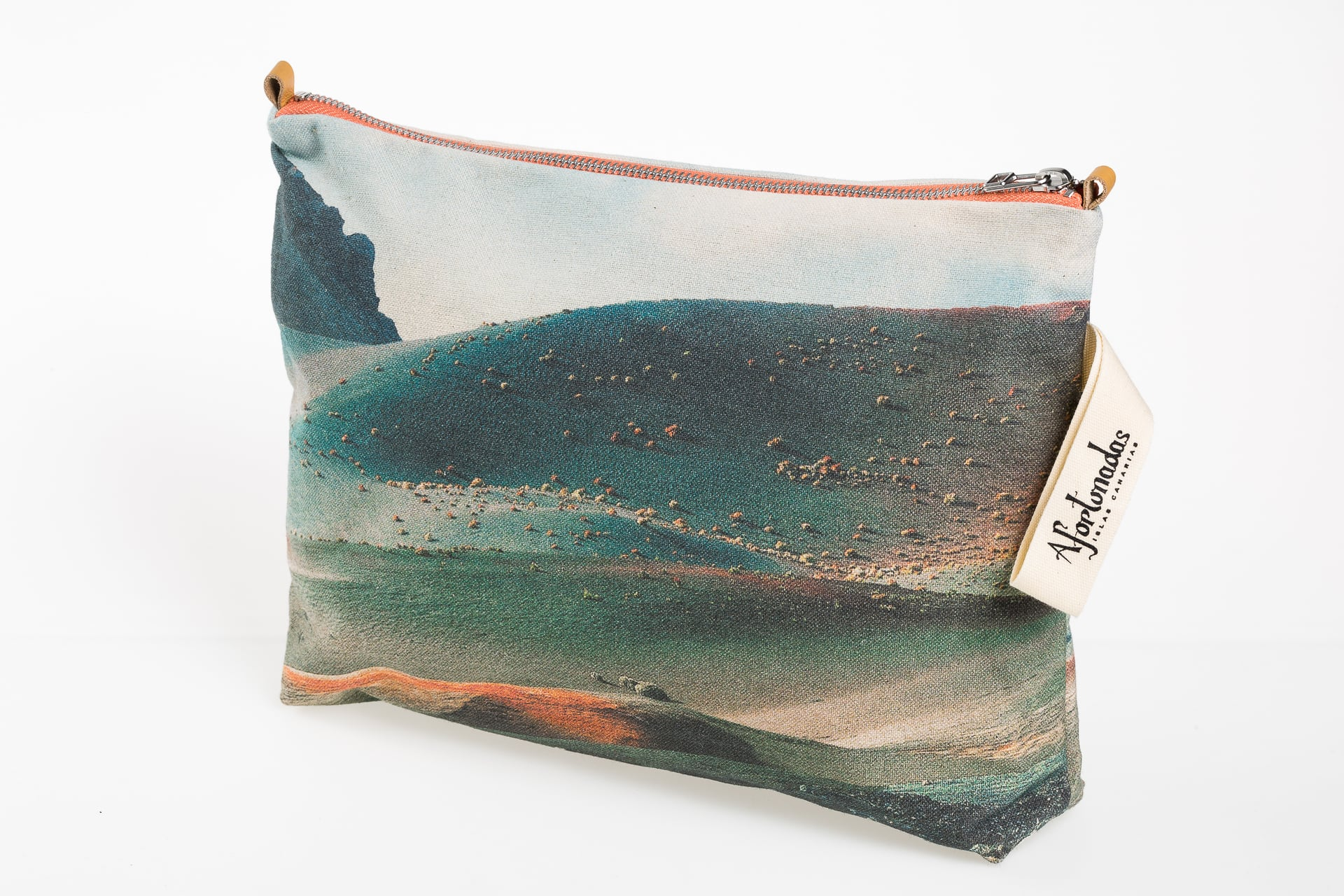 Timanfaya Volcano lateral - Pouch