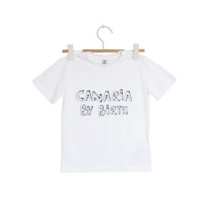 Canaria by birth frontal ni a camiseta cor