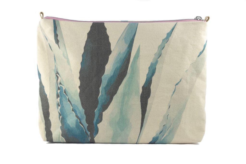 Pita Frontal2 pouch
