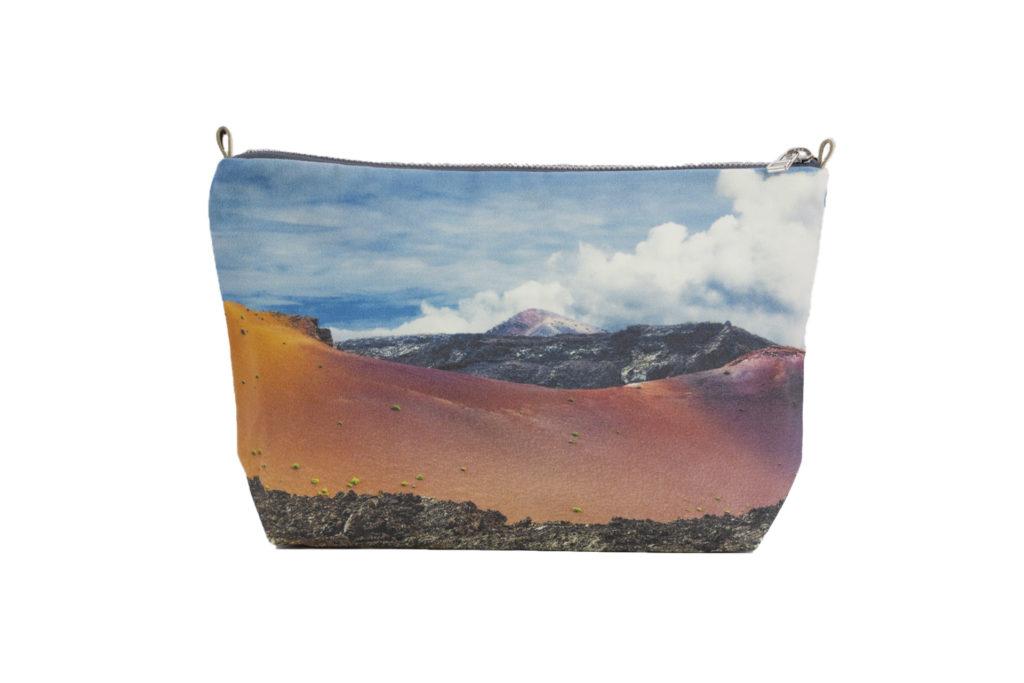 MontañadelFuego minipouch